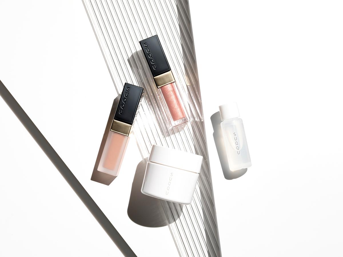 SUQQUマッサージ&フェイスカラーキット夏らしい光と色を楽しめる限定品